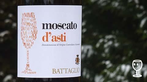 P1130091 Moscato d Asti etiketa
