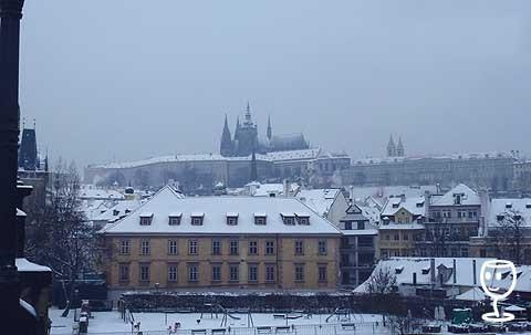 P1270881 Hradčany se sněhem