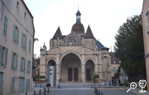 BLOG P1310539 kostel v Beaune