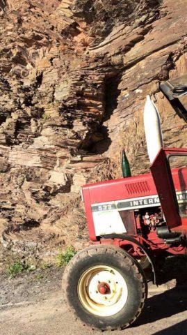 BL 480 Traktor a břidlice