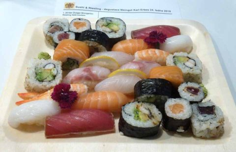 BL P1350628 sushi